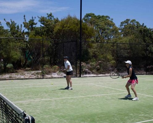 adults tennis lessons noosa